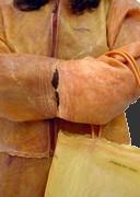 Одежда и сумки из человеческой кожи?